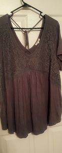 MAURICES WOMAN'S PLUS SIZE 2 BLOUSE WITH LACE